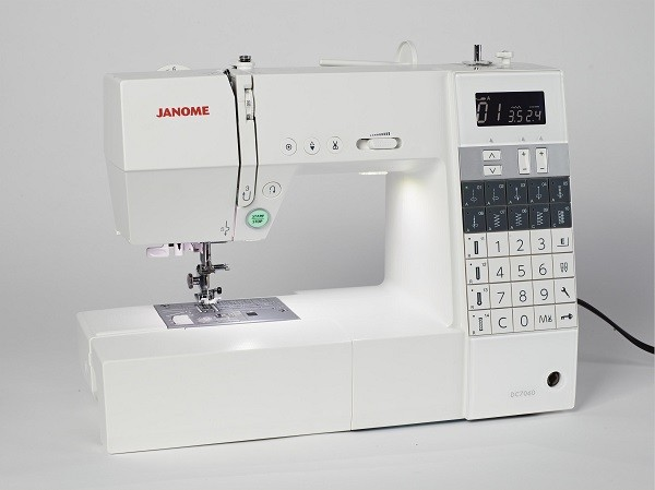 Janome DC7060