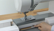changing the needle plate on the Janome 8900